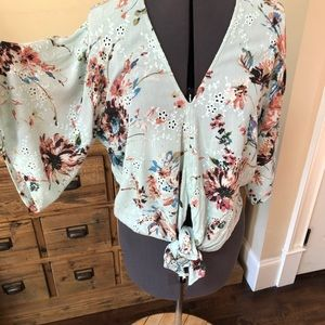LOVE STITCH Floral Mint Green Tie Front Top   L